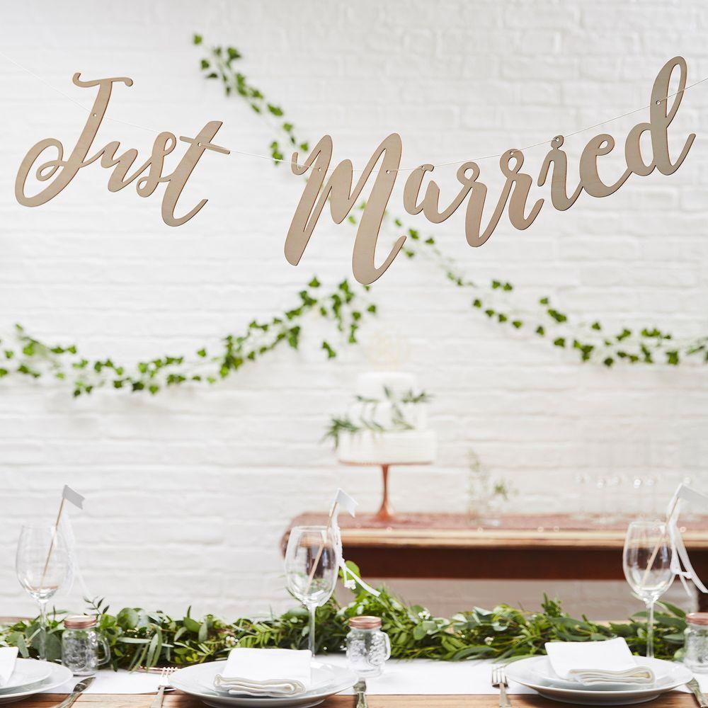 Guirlande Just Married en Bois 1,5m