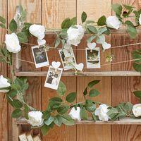 Guirlande de 16 Roses Blanches 1m80
