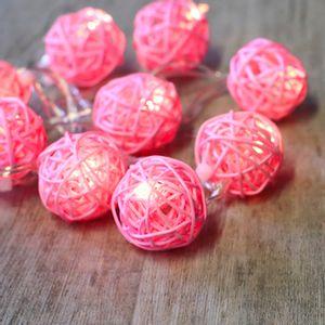Guirlande Lumineuse Boules Rotin Rose