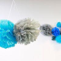 Pompons Turquoise 30 cm x2